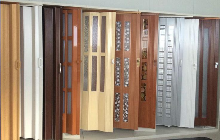 Двери с декоративными вставками
