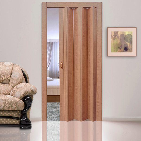 Лесной орех. Дверь гармошка ПВХ