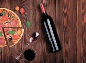 9207 Вино. Фартук для кухни пластиковый. 3 метра