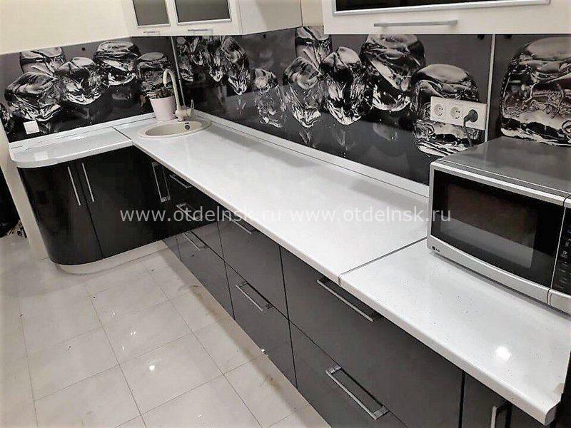 Фартук для кухни МДФ (алмазы на черном фоне)